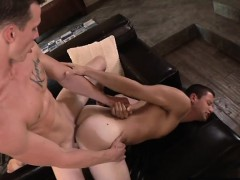 muscle-gay-foot-fetish-with-cumshot