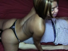 Layla Perez XxX facesitting 69
