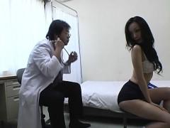 subtitled-cmnf-japanese-schoolgirls-group-medical-exam