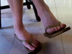Candid Asian Library Bimbo Feet An Lasonya From Dates25com