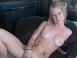Sensual Milf Cammodel Plays With Her Pussy