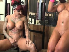 dani-andrews-and-megan-avalon-in-the-gym