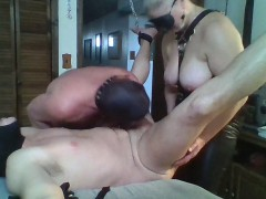 dom-wife-and-her-slaves
