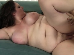 sexy-plumper-joslyn-underwood-fucked-and-cum-in-mouth
