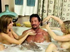 Threesome After A Bath