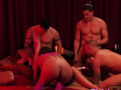 young swingers satisfying each other