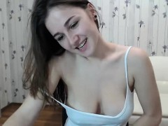 Teen Alanawolf Flashing Boobs On Live Webcam