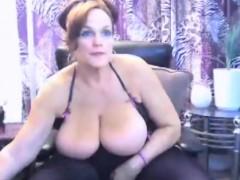 Bbw Bigtits Milf Masturbate And Chatting