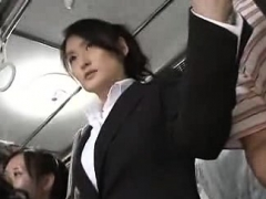 japanese-public-bus-blowjob-and-fuck