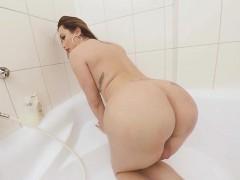 Ts Vr Porn big Tits Ts Masturbating In The Bathtub