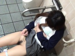 spied-on-japanese-teen
