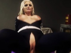 amazing-blonde-gets-nailed-by-a-superhero