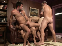 Muscular Males Anal Orgy