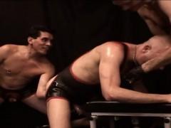 Gay Threeway Fist Hard