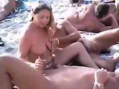 Handjob Sex With A Naked Bitch On A Public Beach