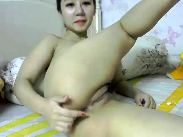Close Up Asian Masturbation