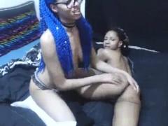 ebony-lesbian-amateur-toying-babes-pussy