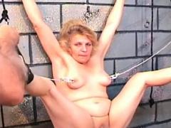 amateur-bondage-with-nude-beautiful-babe