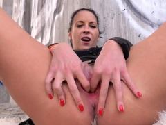 Naughty Czech Teen Spreads Her Juicy Cunt To The Unusual34cx