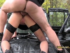 bitch-got-her-ass-nailed-in-taxi