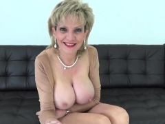 Adulterous Uk Milf Lady Sonia Shows Her Gigantic Boobs13jup