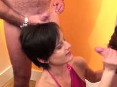 Housewife Is On Her Knees And Waiting For A Cumshot