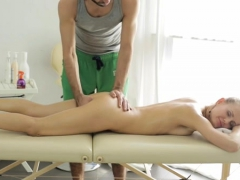 skillful-guy-perfectly-knows-how-to-gangbang-juicy-pussies