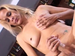 pretty payton handjob honey