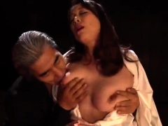 sexy japanese uses her big boobs