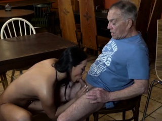 Daddy fucks and punishes anal makes pal' duddy's daughter