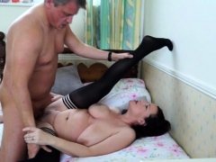 british-housewife-eva-jayne-fucking-and-sucking