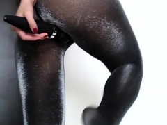 ass-in-shiny-pantyhose