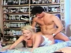 vintage-movie-mom-big-boobs