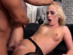 Sensual Nympho Is Geeting Peed On And Bursts Wet Snatch06ark