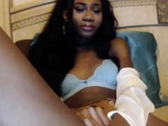 Ebony Amateur Tranny Shemale Wanking Off