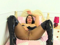 English Milf Kitty Cream Teases Us With A Slow Striptease