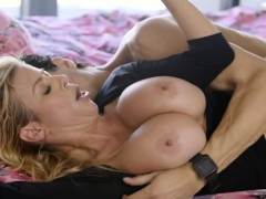 hot-blonde-milf-fuck-son-s-friend