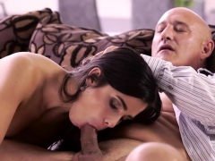 old4k-unsatisfied-chick-motivated-old-dad-to-drill-her