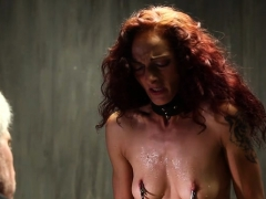 hot-pornstar-spanking-with-cumshot