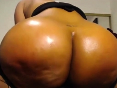 bubble-ass-ebony-with-big-boobs-fucked-and-creampied