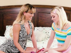 Kinky Milf Cherie Scissor Sex With Teen Chloe On Their Bed