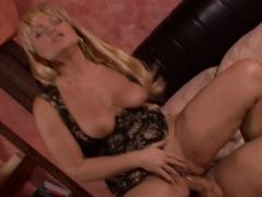 Mature Renata Likes To Ride A Dick