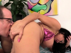 mature-sheila-marie-takes-a-hard-dicking