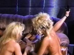 caged-vintage-lesbians