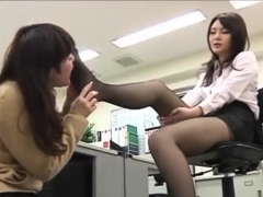 asian-lesbian-foot-fetish