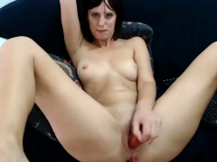 redhead-shaved-plays-with-her-toy