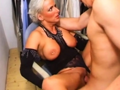 i-also-want-to-fuck-that-milf