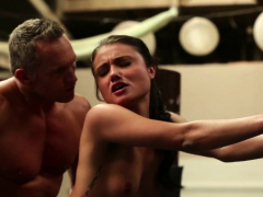 sporty bitch fucked in storyline action