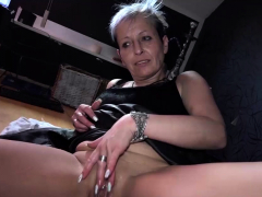 oldnanny-solo-granny-is-masturbating