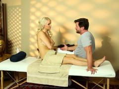 Massaged Babe Pussyfucked On Hidden Spycam Porn Video